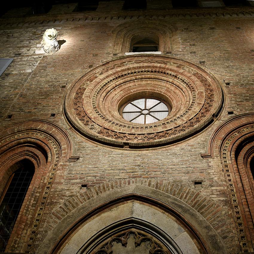 Dettaglio del Palazzo Broletto - Brescia